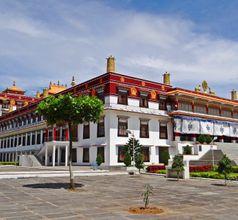 Drepung Monastery, China